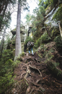 Wanderer im Khaatal Böhmische Schweiz
